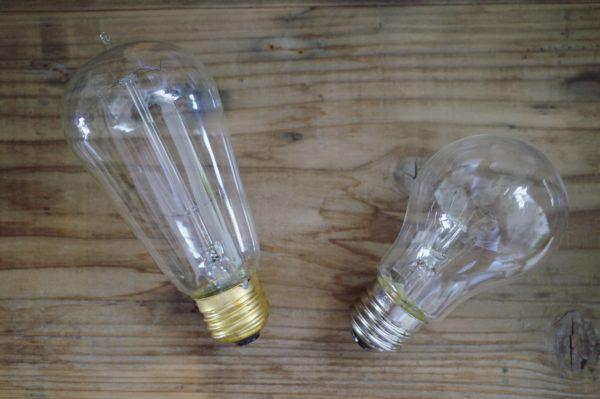 エジソンバルブと白熱電球をくらべてみました